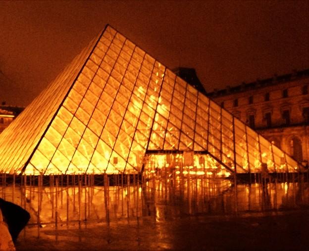 パリ、ルーブル美術館