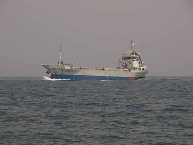 東播磨港を目指す昭扇丸