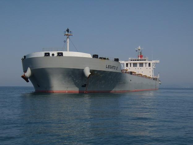 Bulk carrier - LEGATO II の近影
