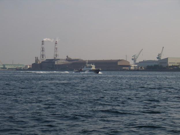 Photos: お正月もパトロールに向かう巡視艇 まやかぜ