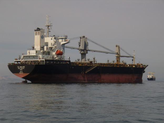 韓国船籍貨物船 YU JIN ACE
