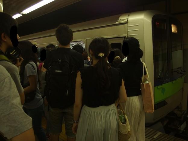 都営新宿線篠崎駅2番線 都営10-390F急行本八幡行きラッシュ(2)