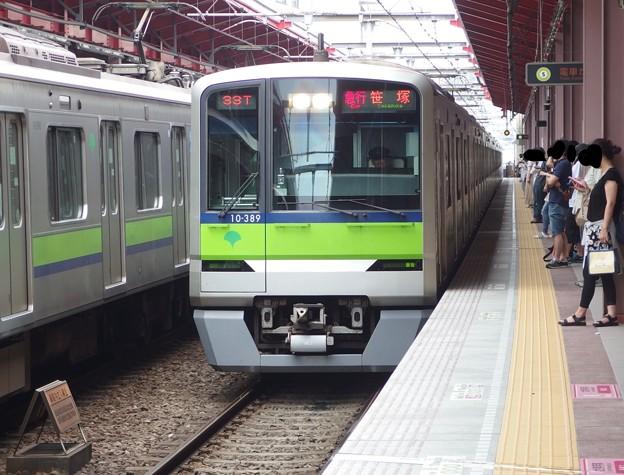 都営新宿線船堀駅1番線 都営10-380F急行笹塚行き進入