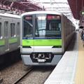 Photos: 都営新宿線船堀駅1番線 都営10-380F急行笹塚行き進入
