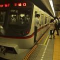 都営浅草線三田駅1番線 都営5317F特急三崎口行き停止位置よし