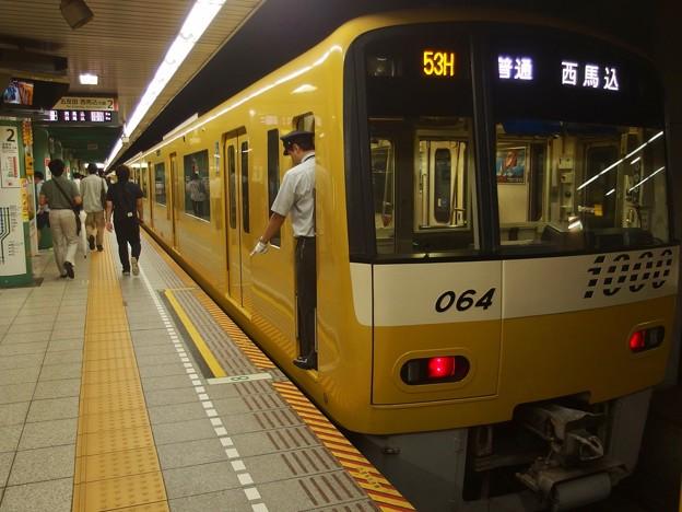 都営浅草線泉岳寺駅2番線 京急1057F普通西馬込行き停止位置よし