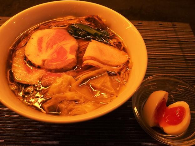 護国寺MENSHO 味玉醤油ワンタン麺大盛り