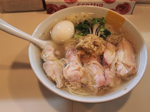 Photos: 塩生姜らー麺専門店MANNISH 塩生姜らー麺肉玉入り生姜特に多め