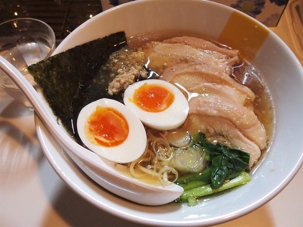 塩生姜らー麺専門店MANNISH マニ駒らー麺