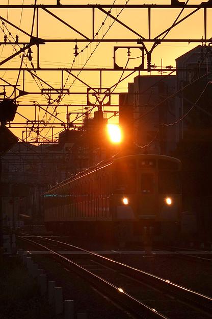 朝日と電車
