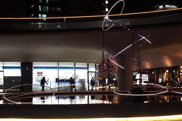 新宿イーストタワースクエア