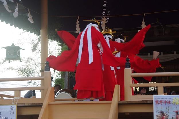越中の稚児舞  演目「林歌」