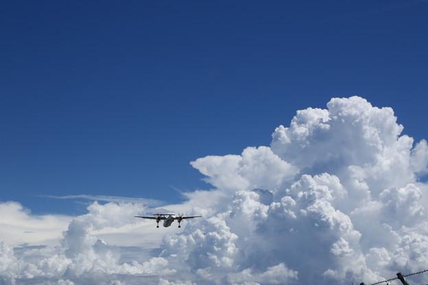 沸き立つ雲と