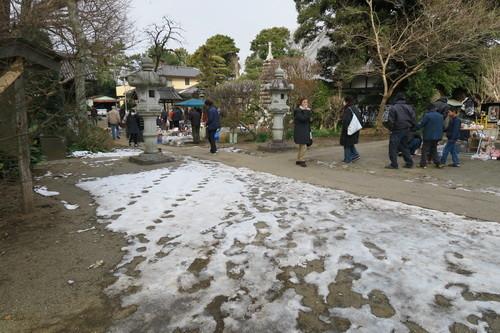 上総国分寺骨董市(2018年1月)残る雪