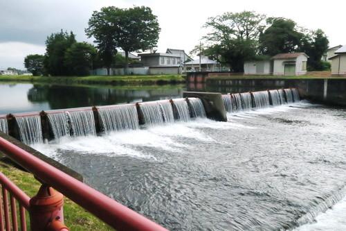 五行川の堰