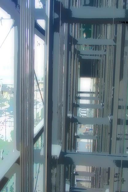 シースルーエレベーター