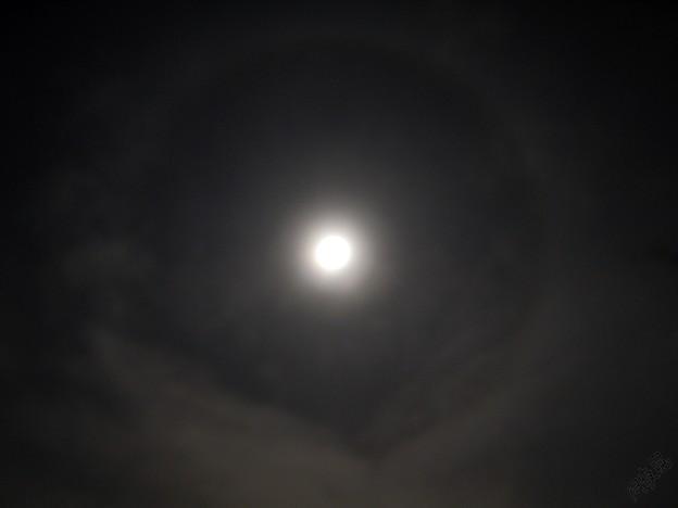 Photos: 月暈