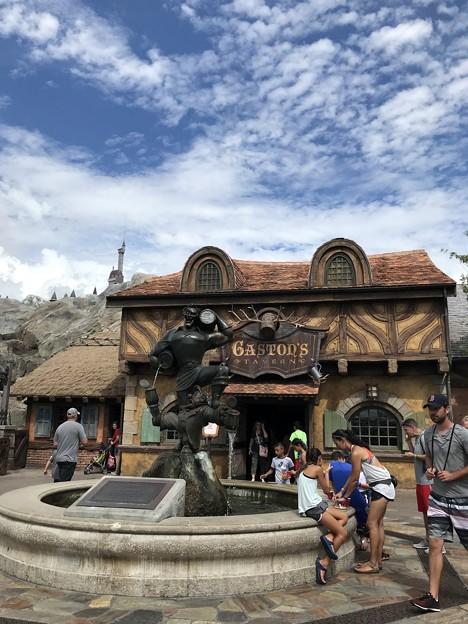 写真: Gaston's Tavern 8-22-18