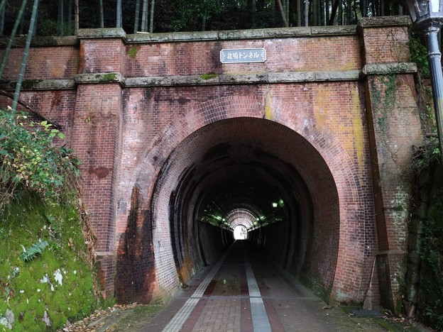 舞鶴 廃線跡のトンネル