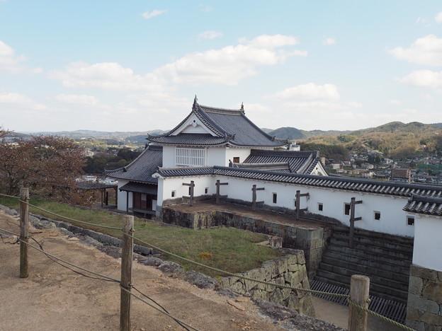 さくらまつりの翌日の津山城(2019)