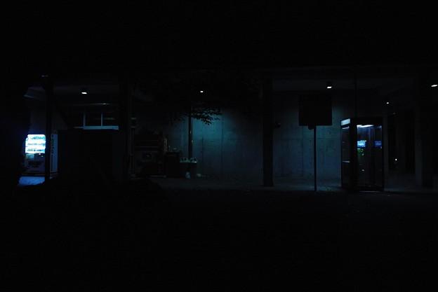閉じられた灯り