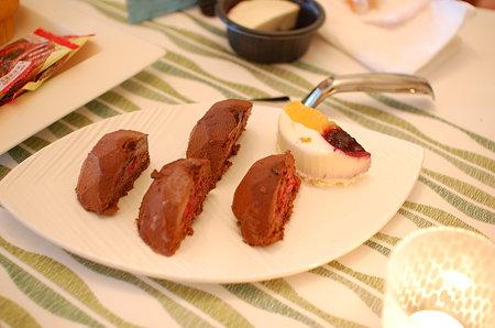 Mさんの持ってきてくださったTrader Joe'sのチョコムース&パンナコッタ