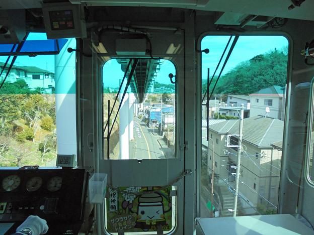 モノレール運転席の車窓0