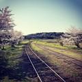 写真: 線路が続く(インスタ風)