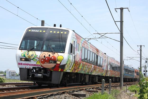 2000系 特急南風(アンパンマン列車)