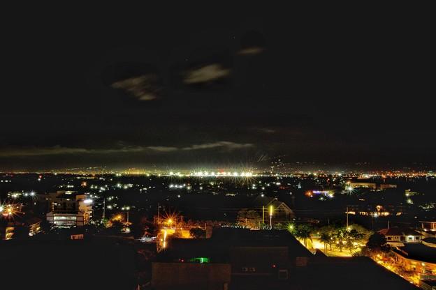 セブ・マクタン島の夜景
