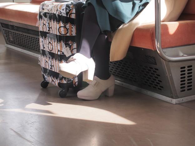 大阪メトロ車内にて