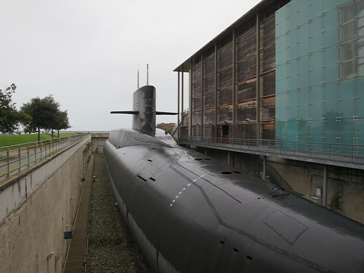 外の潜水艦