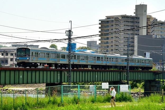 2018_0429_131307 奈良線の205系