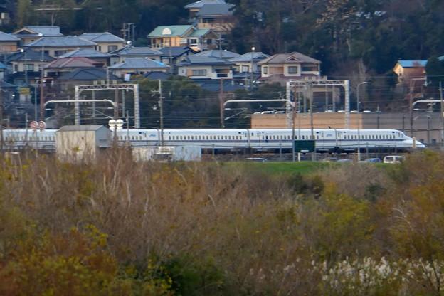 2018_1231_162543_01 大阪府から京都府を走る新幹線を撮る