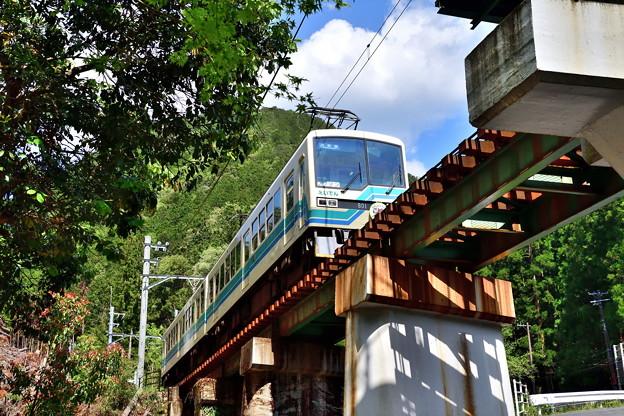 2019_0502_142250 鞍馬川を渡る橋