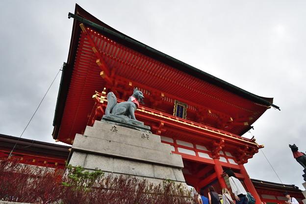 2019_0922_142137 伏見稲荷大社楼門