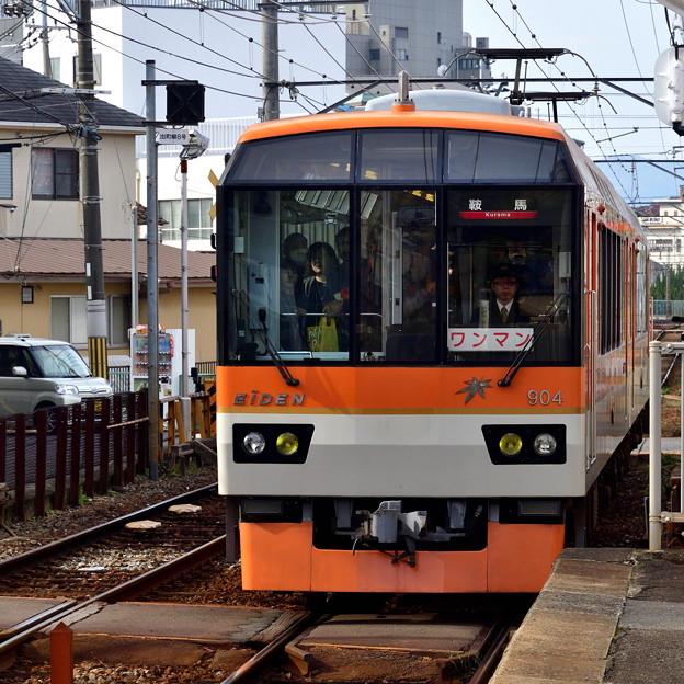 2019_1124_102412 元田中駅にやってきた「きらら」