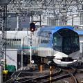 Photos: 2020_0209_100123 京都駅を出ていく「しまかぜ」
