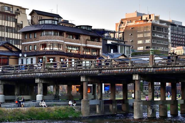 2020_1025_164614 三条大橋