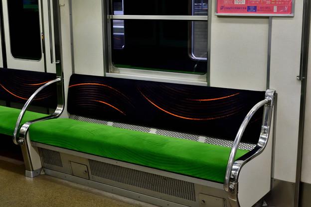 2020_1206_170643 現行の最新デザインのシートモケット
