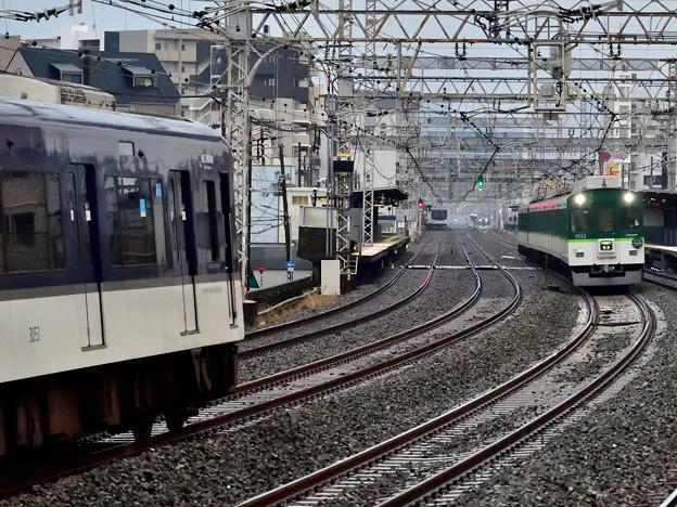 2020_1228_083941 【5列車同時撮影】
