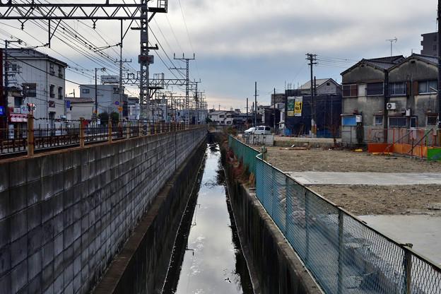 Photos: 2021_0111_143029 光善寺4号踏切から大阪側