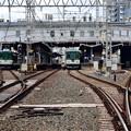 Photos: 2020_1128_133631  香里園上手踏切から香里園駅をみる。