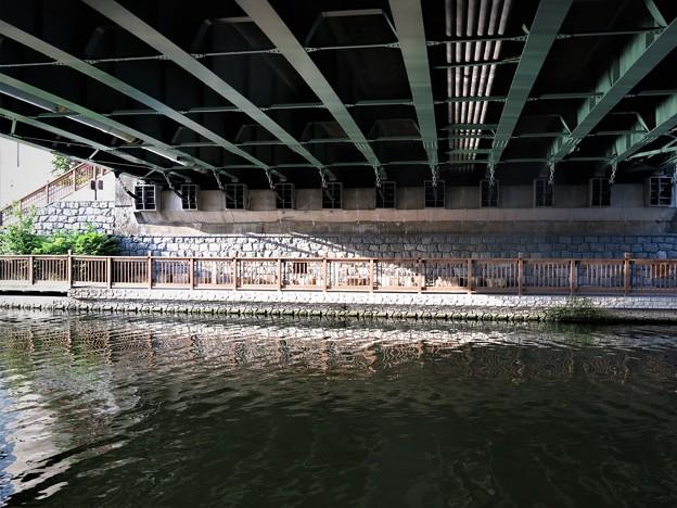 小名木川に架かる