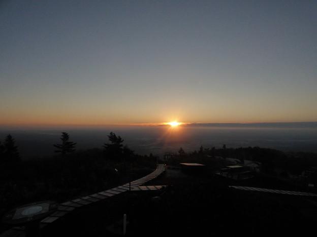 前森山 日の出