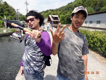 N本メンバーと半年ぶりのキングでエンジョイフィッシング^^