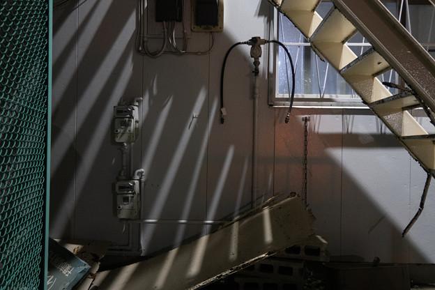 Photos: 階段下のメーター