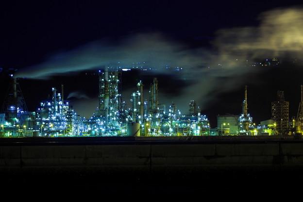 工場閉鎖最後の夜景