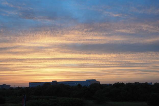 夕陽に染まった雲