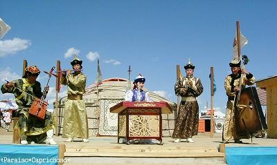 モンゴルの民族音楽